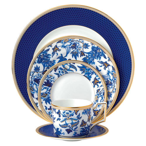 Wedgwood Hibiscus 5 Piece Place Setting