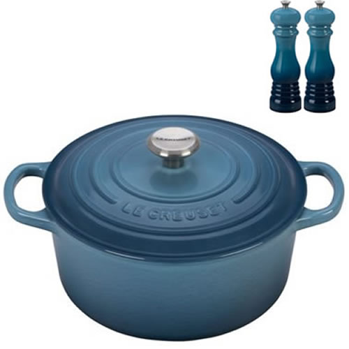 Marine Signature Round Casserole 20cm plus a FREE PAIR OF SALT & PEPPER MILLS Valued at $130