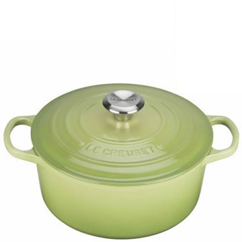 Palm Signature Round Casserole 24cm plus a FREE PAIR OF SALT & PEPPER MILLS Valued at $130