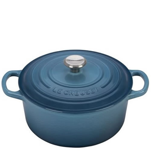 Marine Signature Round Casserole 24cm plus a FREE PAIR OF SALT & PEPPER MILLS Valued at $130