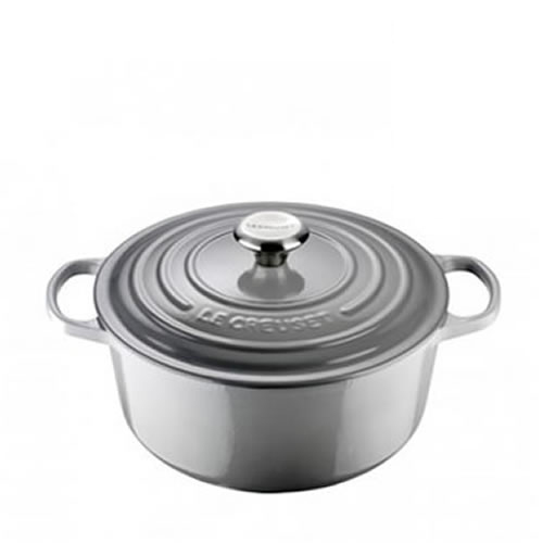 Mist Grey Signature Round Casserole 24cm plus a FREE PAIR OF SALT & PEPPER MILLS Valued at $130