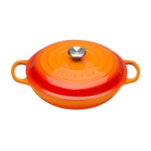 Volcanic Signature Shallow Casserole 30cm plus a FREE PAIR OF SALT & PEPPER MILLS Valued at $130