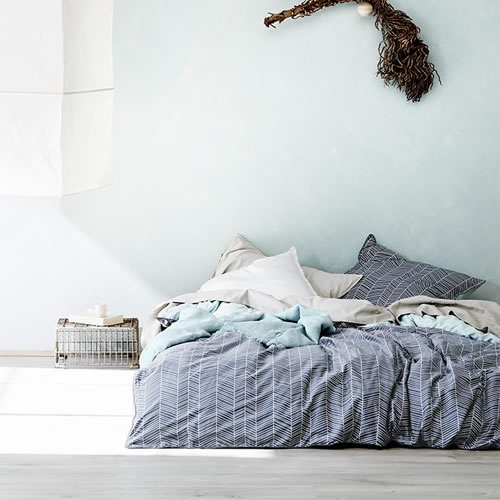 Feather Stone Blue King Quilt Cover