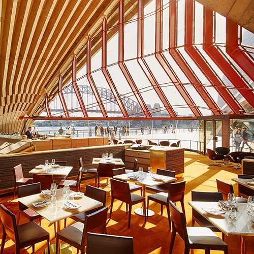 THE BENNELONG EXPERIENCE