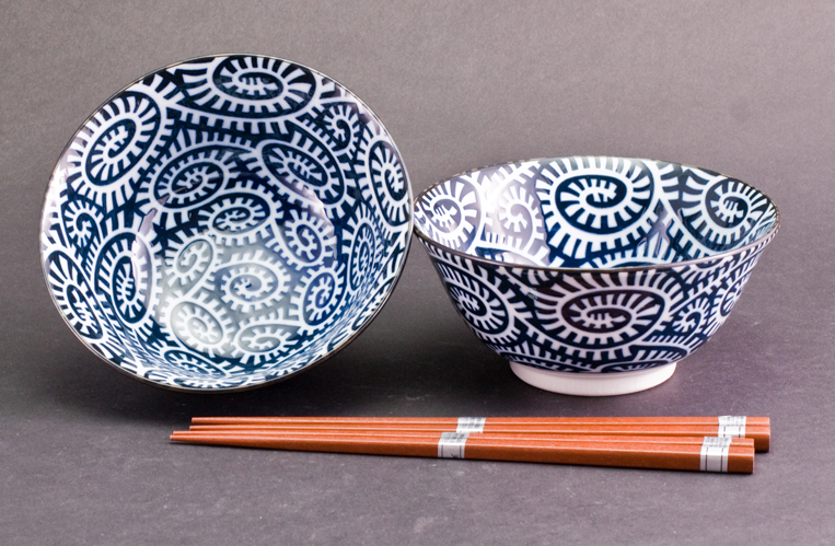 Takokarakusa Bowl and Chopstick Set