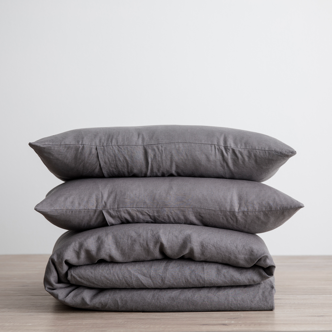 King Linen Duvet Cover Set - with pillowcases - Charcoal Grey