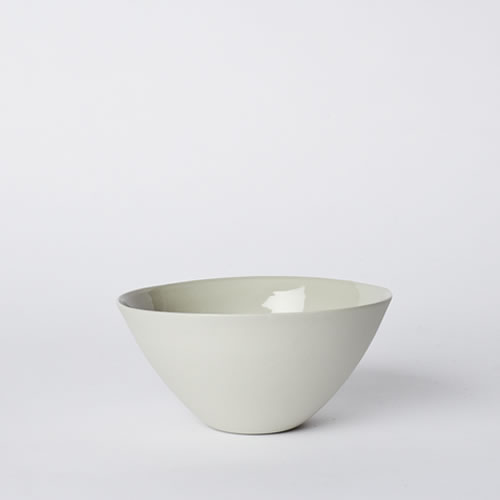 Medium Flared Bowl in Dust