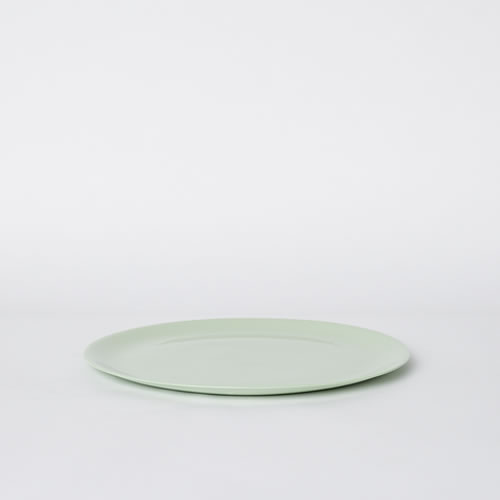 Flared Dinner Plate in Pistachio
