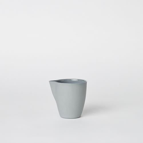Jug Medium in Steel
