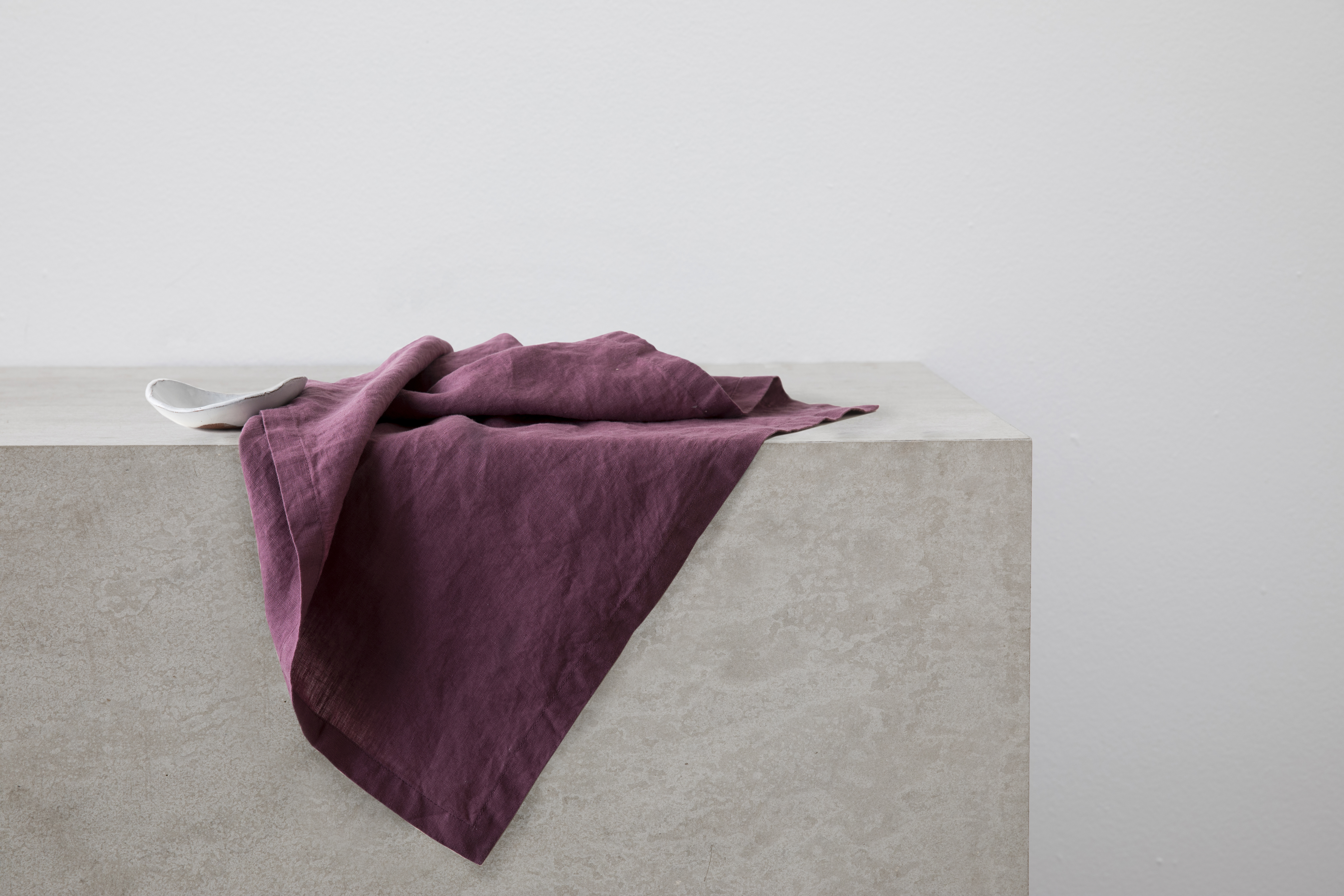 Linen Table Napkins Set of Four Plum