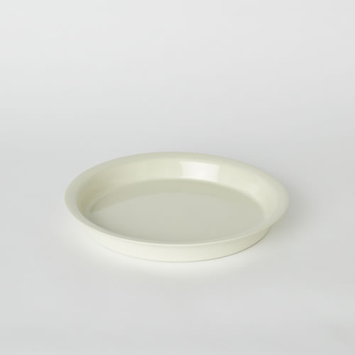 Pie Dish in Milk