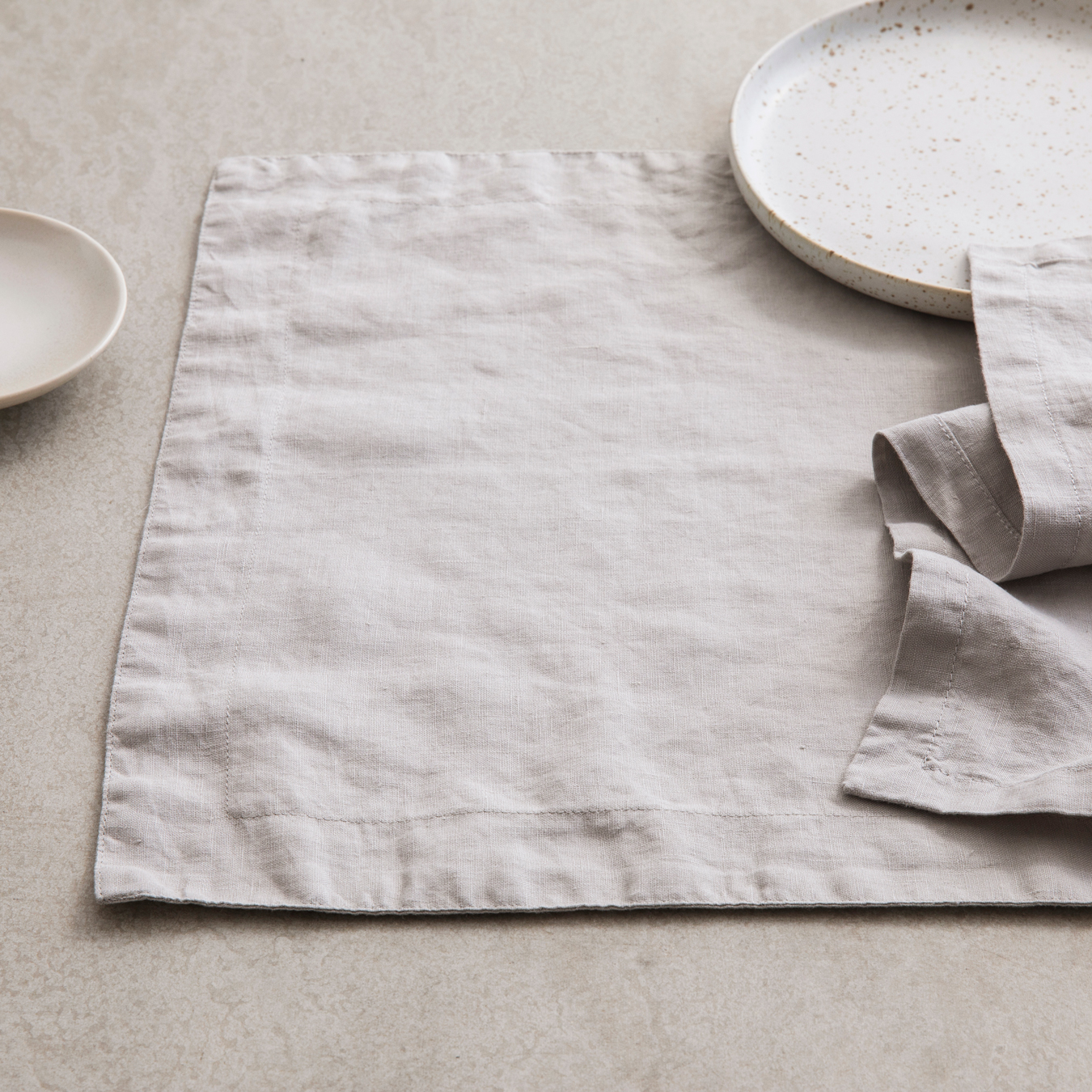 Linen Placements Set of Four - Smoke Grey