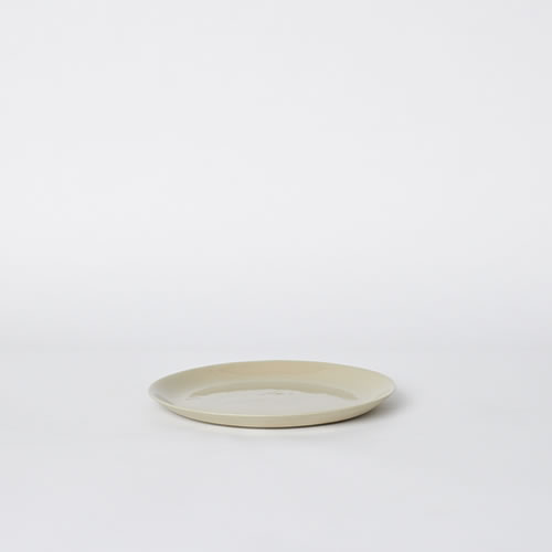 Scoop Salad Plate in Sand