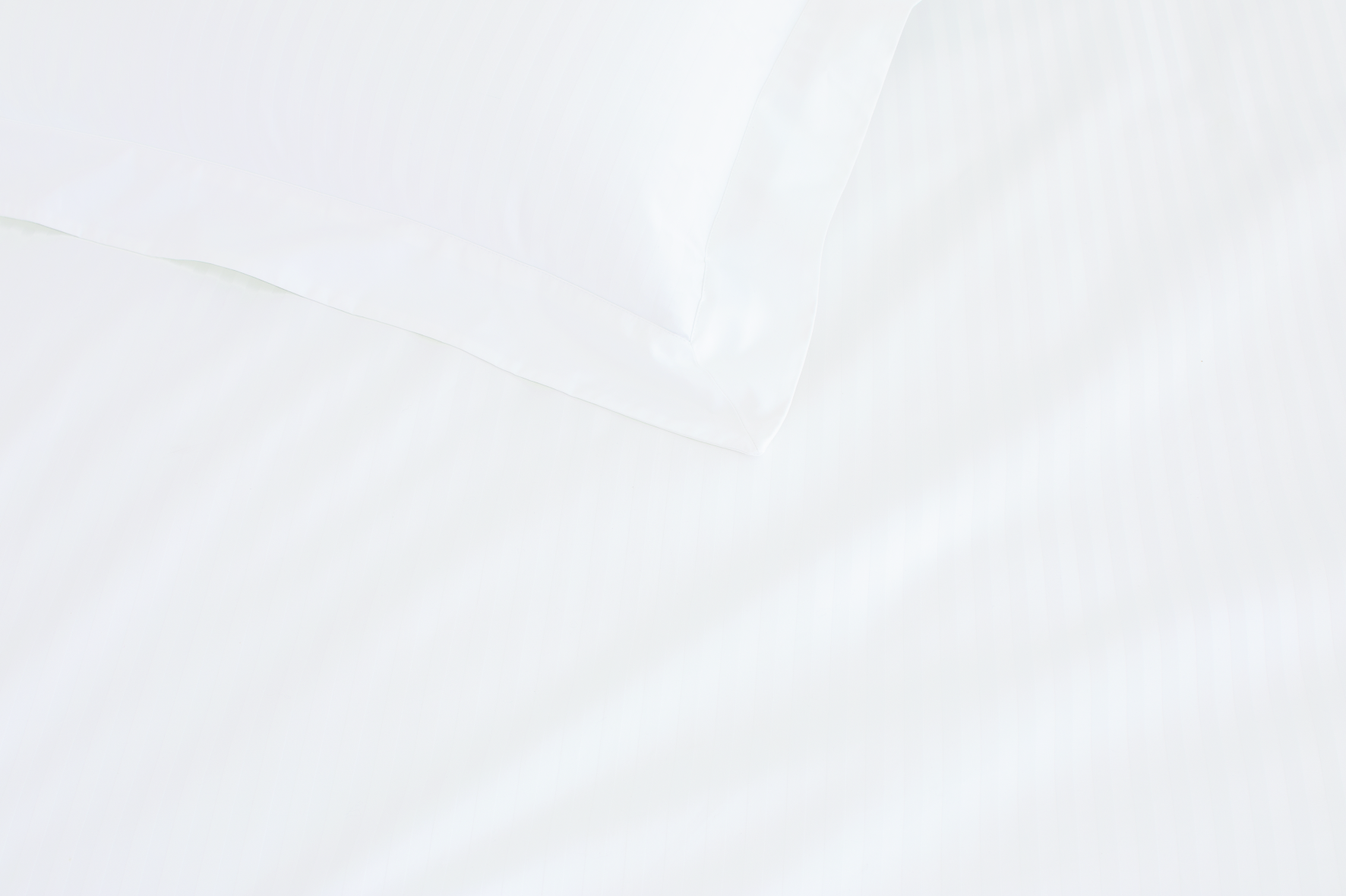 Millennia Super King Fitted Sheet - 50cm in Snow