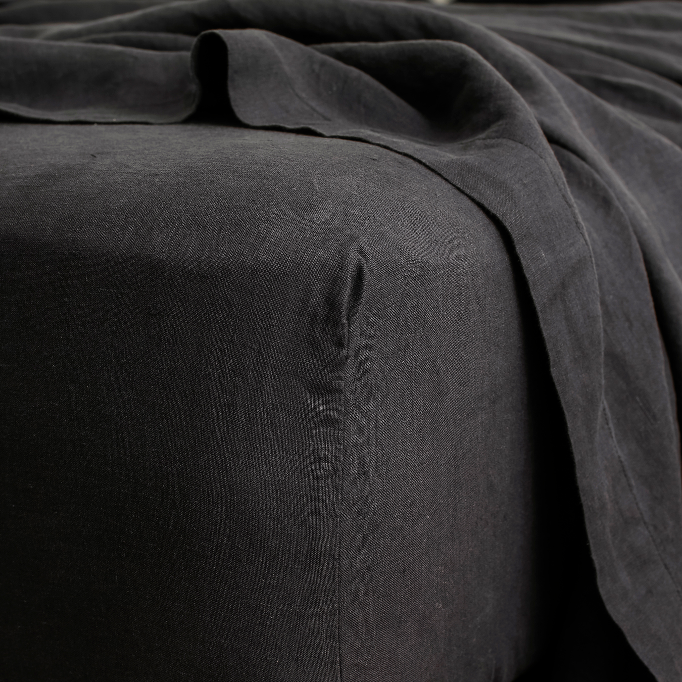 King Linen Fitted Sheet Black