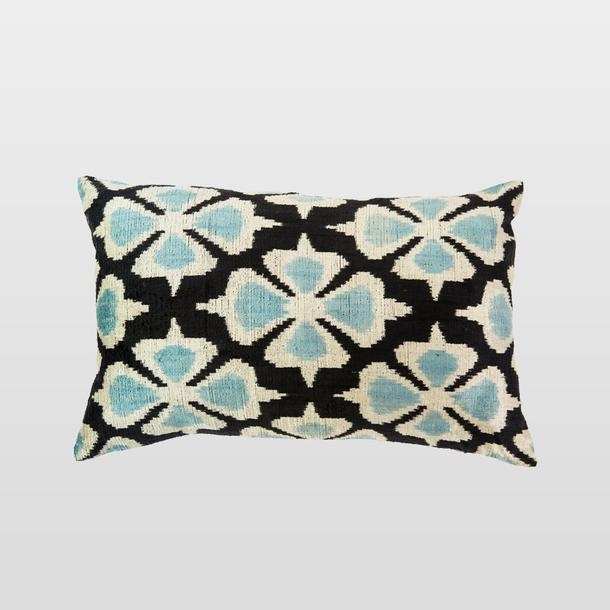 Silk Velvet Cushion Siyah