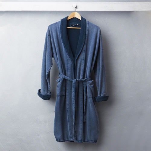 Wash Bathrobe Blue Medium to Large
