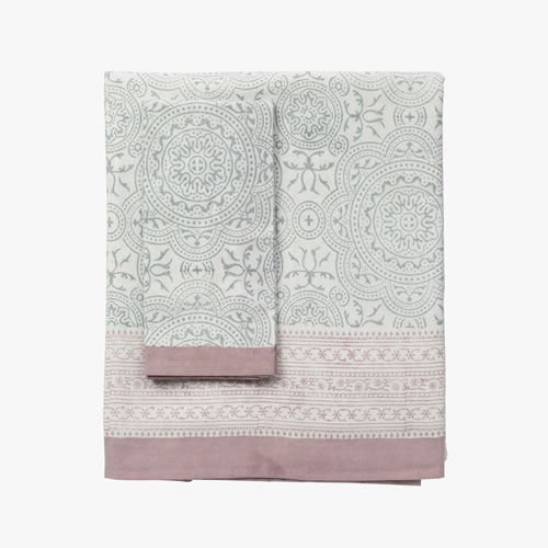 Florence Medium Table Cloth