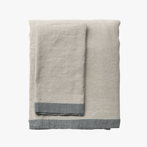 Montalto Natural Graphite Grand table cloth